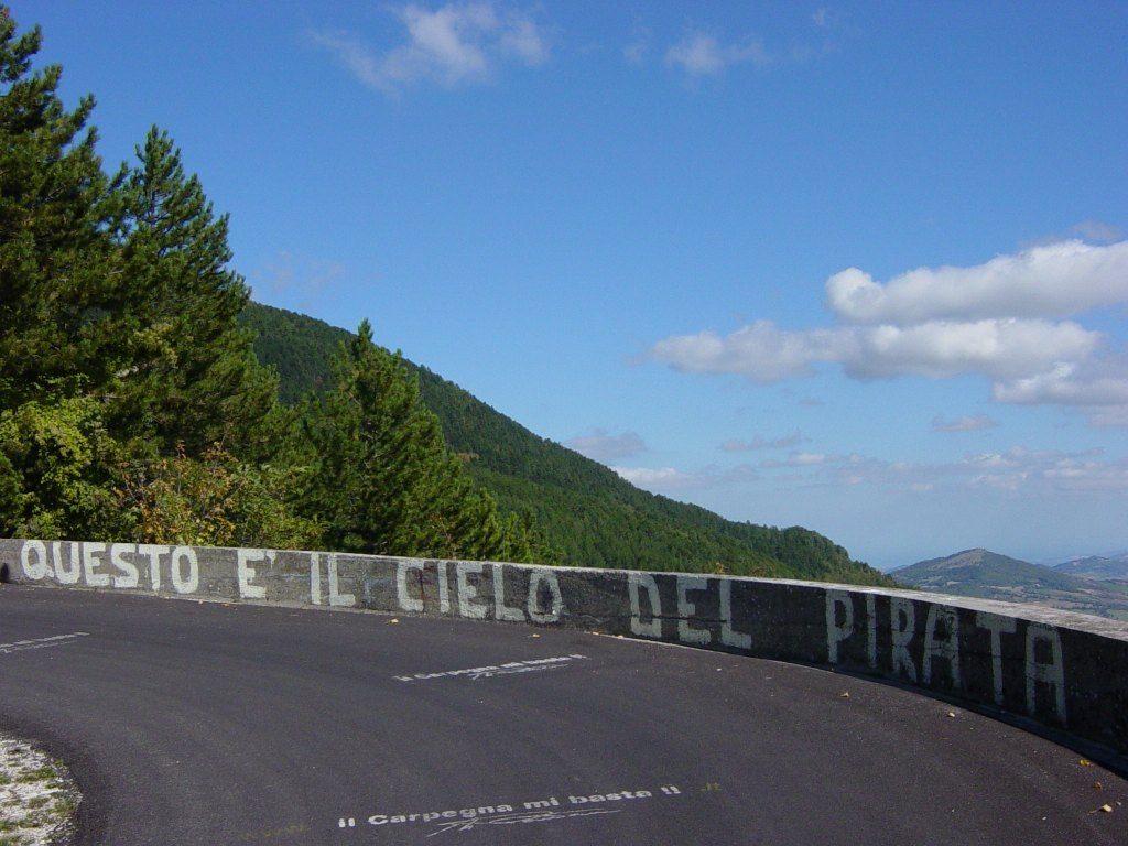 Svevo Pedivella Cippo Carpegna Pantani