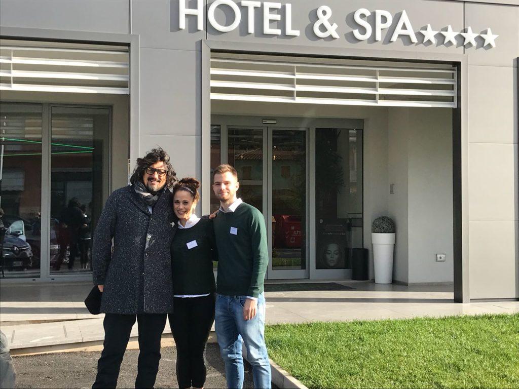 Lo Staff dell' Hotel Bramante con lo Chef Alessandro Borghese